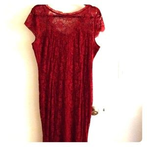 Dresses & Skirts - Long formal maroon dress